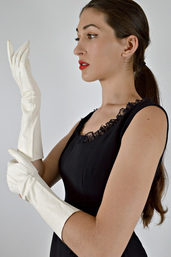 White Leather Gloves, Vintage Kid Leather, Prom Gl