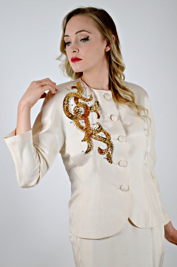Womens 40s Style Suit, Off White Jacket and Skirt