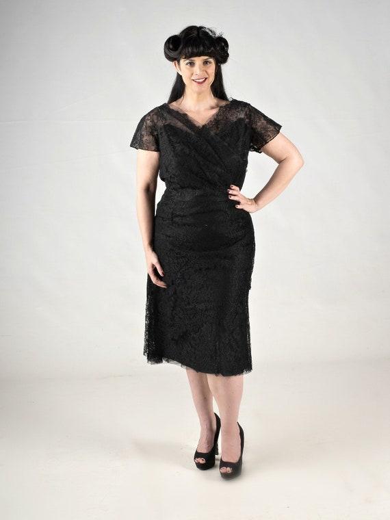 Plus Size Black Pinup Dress Lace Dress Floral Lace Dress Curvy Girl Dress 1950s Cocktail Dress 50s Fashion 1950s Party Dress