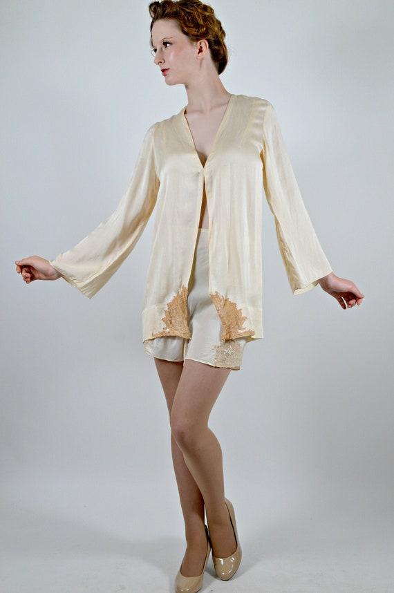 1930s Short Robe, Silk Bed Jacket, 30s Lingerie, P