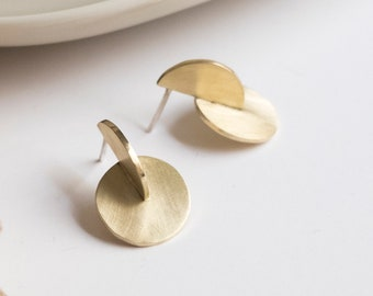 Architectural geometric brass earrings, Minimalist matte gold disc studs, Cool architect gift for her, Industrial style contemporary jewelry