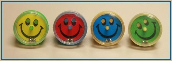 1970 ' s SMILEY FACE Ball Puzzle Toy Machine et anneau de céréales