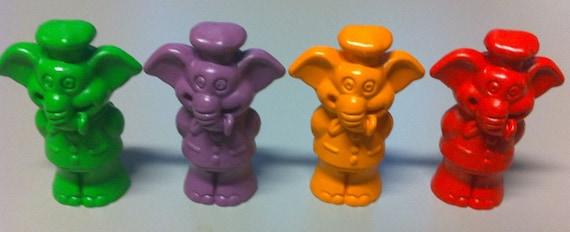 1987 Célèbre TEST colorie Animal crayon Topper Chef éléphant