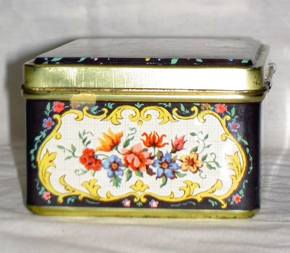 Decorative Tin Containers Made Overseas Listing 1