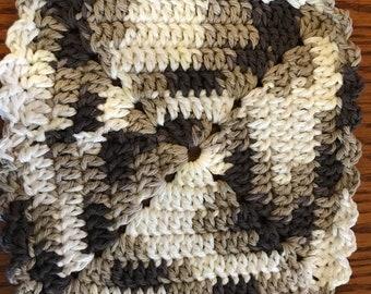 "2  Handmade Crochet Cotton Dish Clothes    Brown/White   7""X 7"""