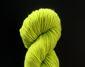 DESTASH cascade 220 superwash aran lime yellow green bright