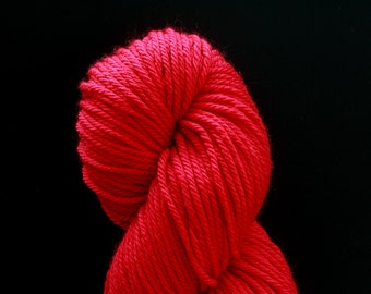 DESTASH cascade 220 superwash aran red candy apple bright
