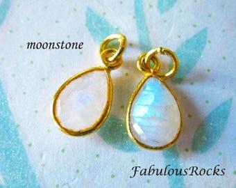 1-10 pcs / MOONSTONE Pendant Charm / Bezel Set Teardrop Gem Stone Gemstone / 14x8.25 mm, 24k Gold Vermeil or Sterling Silver / gcp4 gp gdc