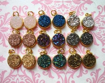 Bezel Gemstone Pendants Charms, Bezel Gem Stone, Vermeil or Sterling Silver, 11 mm, Round Pendant gcp10