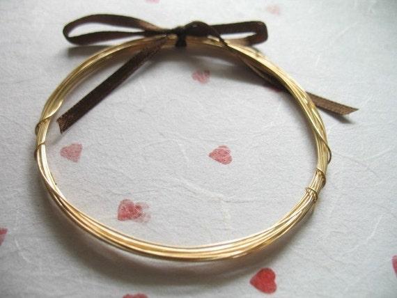 14k Gold Filled Wire round.. 24 g gauge ga Bulk dead soft and half hard sale WGF24.. Shop Sale..10 feet wholesale.