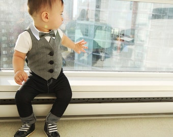 Grey Baby Ring Bearer Outfit, Boys Wedding Suit, Baby Wedding Outfit, Ring Bearer Gift, Boys Formal Wear, Baby Boy Outfit, Baby Boy Clothing