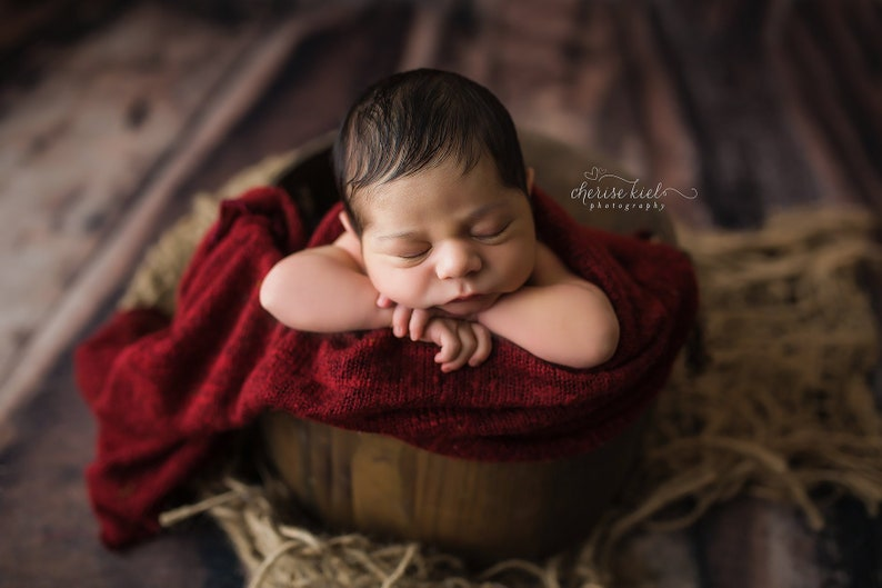df48a4542bf6 Red Swaddling Wrap Christmas Props Stretch Newborn Wrap Red