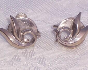 Vintage Screwback Earrings by Alice