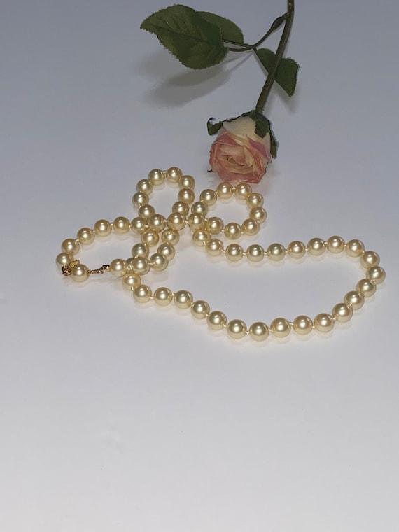 Vintage Marvella Pearl Necklace - image 3