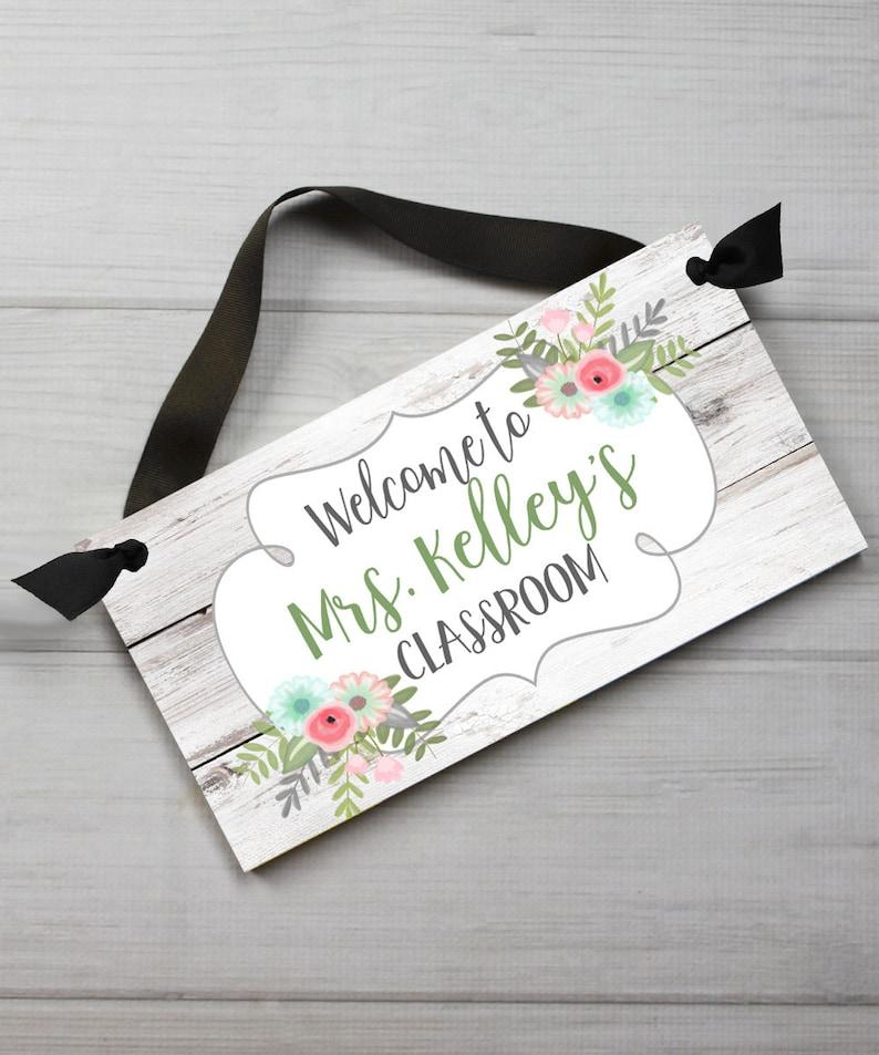 Teacher White Floral Classroom DOOR SIGN Teacher End of Year Christmas Present Gift TDS034