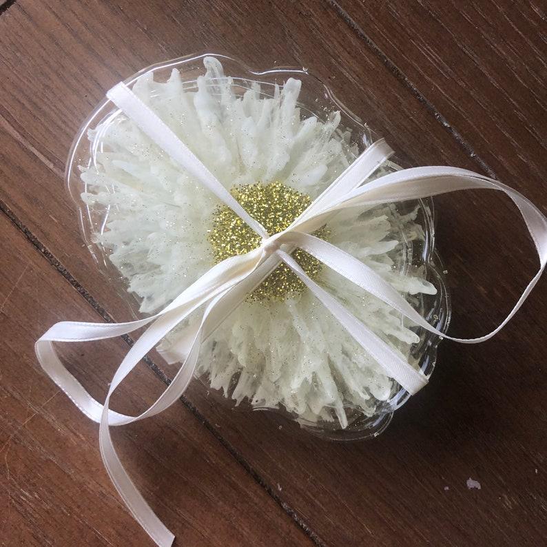 housewarming gift. coaster set floral coasters Daisy coaster set-set of 5 wedding gift bridal shower gift