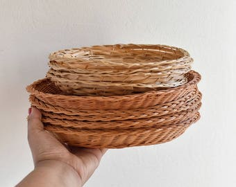 WICKER PLATE HOLDERS- Set of 2 Sizes, Plate Chargers,Auburn and Tan, Rattan Plate, Sets , picnic essentials, 1980s, boho decor,vintage decor
