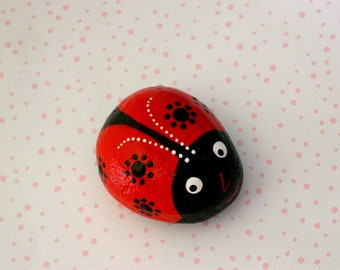 Ladybug painted pet rock grandmother nana gifts spring garden summer patio yard dot art lucky ladybird beetle glossy ruby red FREE SHIPPING
