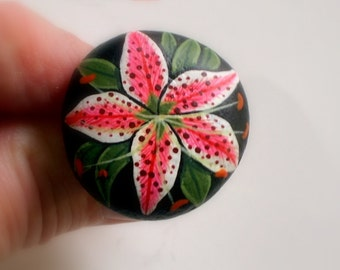 Fashion jewelry gift for her under 30 adjustable ring pink white botanic daylily ooak 3D art hand painted rock chunky jewelry garden party