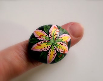 Garden party summer fashion jewelry gift ideas for her under 30 pink daylily botanical adjustable ring painted rocks ooak 3D chunky jewelry