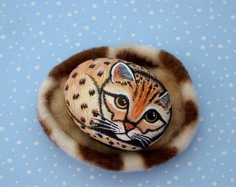 Ocelot kitten painted rocks summer gift ideas ooak wildlife nature animal painting American Girl doll house pet fleece pet bed SHIP FREE