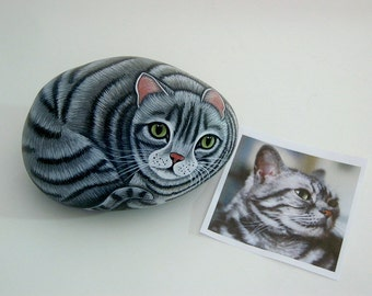 SHIPS FREE-Pet portrait cat-Custom Pet Portrait-Custom Portrait-painted rocks-OOAK 3D art painting from your photo-pet memorial-personalized
