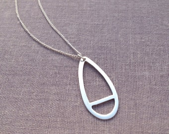 Minimalist Delicate Teardrop Necklace. Dainty Layering Necklace. Necklace for Women. Bridesmaid Gift. Minimal Sterling Silver Necklace.