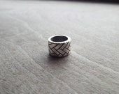 Silver Tone Tire Tread Weave Pattern Dreadlock Bead
