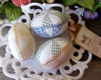 Large Easter Eggs Bowl Fillers Shabby Cottage Chic Quilted Gingham Olde Antique Embroidered Quilt Bedspread Trio Set of 3 OFG FAAP HAFAIR