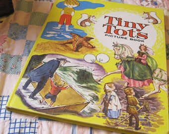 Vintage 1962 Tiny Tots Picture Book