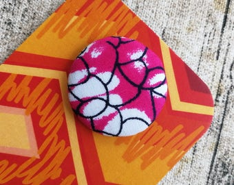 African button, Wax print badge, African fashion, African badges, Pink badge, Purple badge, Wedding favour, #105