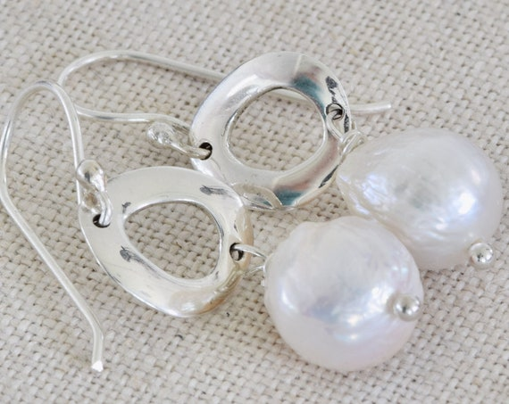White Cultured Pearl Earring - white pearl earring - organic earring - silver pearl earring - everyday earring - handmade earring - pearl