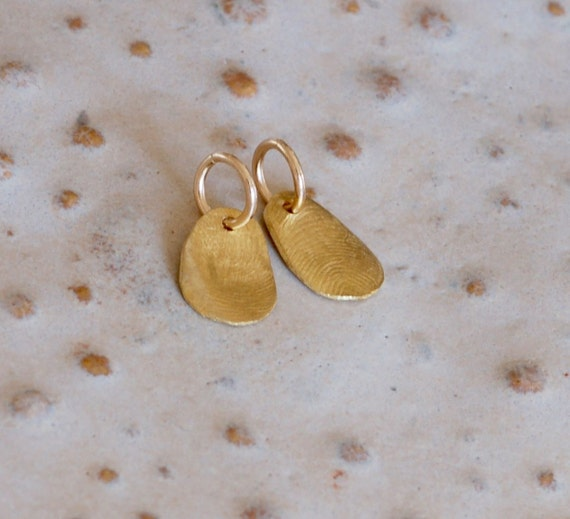 Tiny 22k Gold Fingerprint Charm - Fingerprint Jewelry - Personalized Charm - Tiny Charm