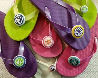 Summer Basics -- Monogrammed Flip Flop Buttons