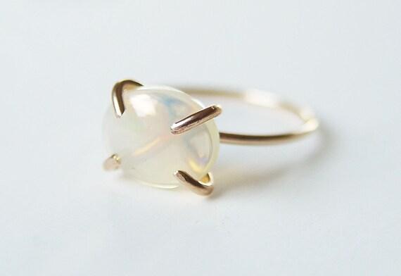 Feueropal Gold Ring