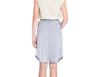 Women's cotton printed gold top black or ivory. Crosshatch patterns. Round neckline blouse. Short sleeves.