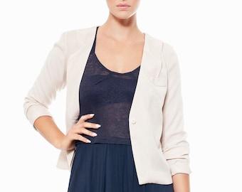 Women's Tencel jacket with breast pocket. Black, nude or navy. Unlined. Casual. Summer. Office. Shoulder detail. Minimalist.