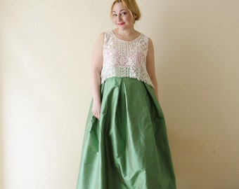 Green Maxi Skirt, Silk Taffeta Long Evening Skirt with Pleats and Pockets, Prom Skirt, Bridesmaids Skirt, Customize color and length