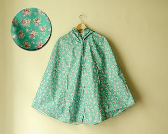 Mint Green Floral Raincoat, Pink Roses Romantic Rain Cape with Hood, Retro Waterproof Cape, Autumn Weddings