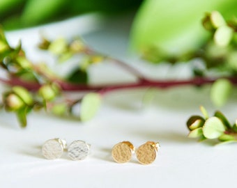 Hammered Circle Stud Earrings / Dainty Jewelry / Sterling Silver or 14k Gold Filled / Modern / Minimal / Gifts for Her