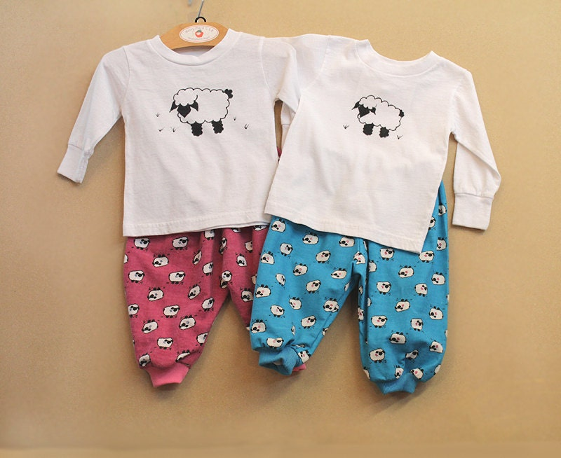 Set Of 2 Coordinating Twin Baby Outfits Matching Boy Girl -5018