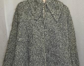 Vintage Boucle Wool Cape Capelet Black Gray Medium Large
