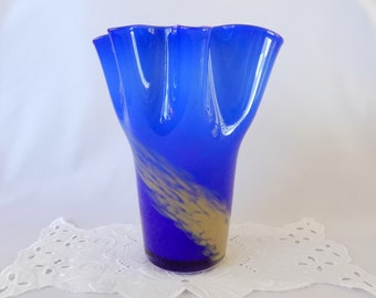 Art Glass Bohemian/czech Reasonable Vintage End Of Day Blue Cased Spatter Glass Trophy Vase