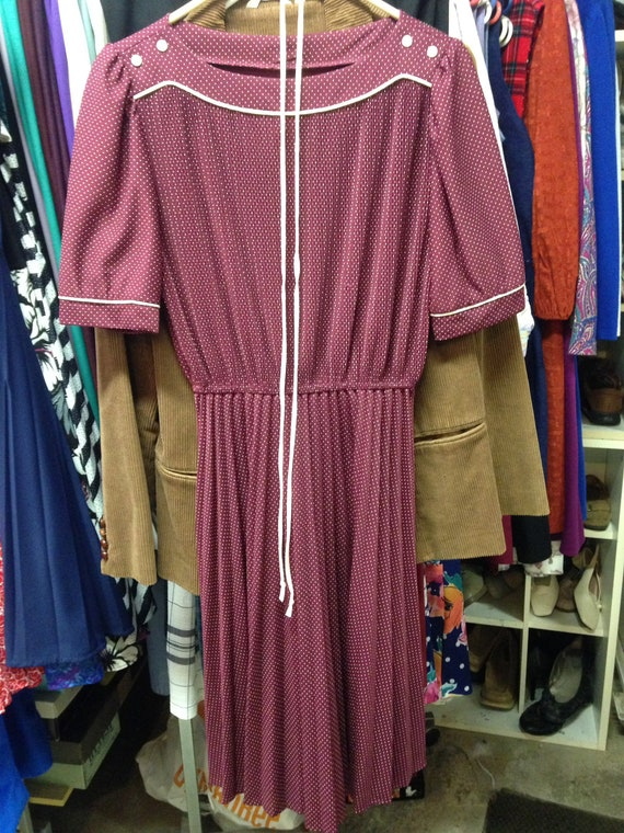 Ladies Vintage Summer Dress Lovely JcPenneys Maroon Dots