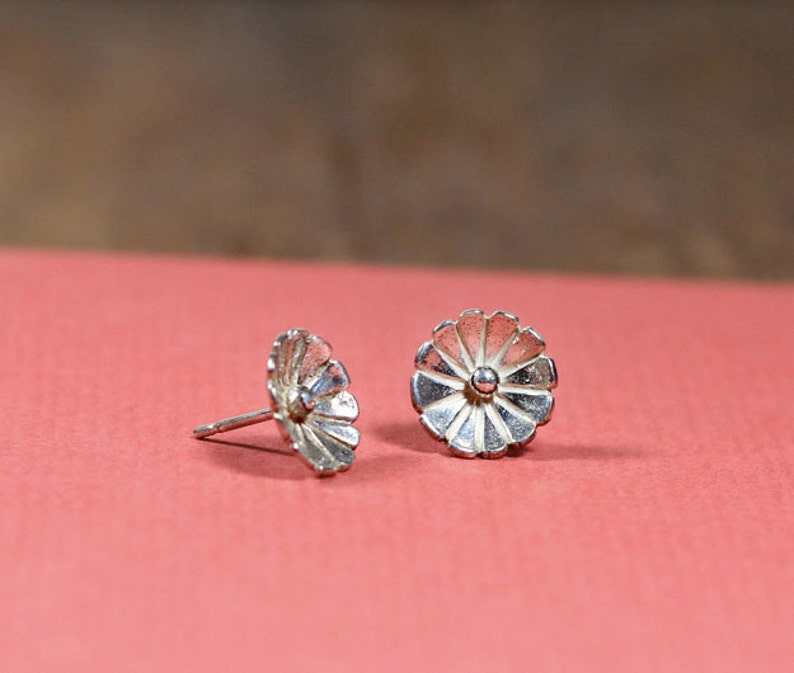 Sterling Flower Studs Free Shipping image 0