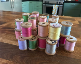 Vintage Lot of 39 Wooden Spools w/ Thread Asst. Colors and Manufactures