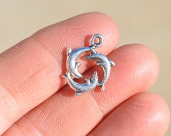 10 Silver Dolphin Charms SC1620