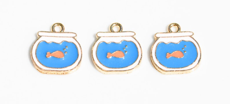 BULK 20  Blue and White Enamel and Gold Tone Fish Bowl with Gold Fish Charms GC2648