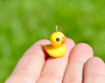 BULK 20 Yellow Duck  3D  Plastic Charms SC6336