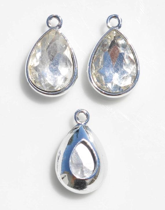 BULK 20 Clear Glass Birthstone Teardrop  Charms SC5119